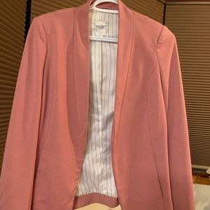 Blazer worn twice excellent condition,,,